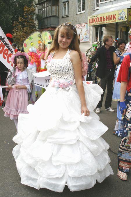 Как сделать платье из пакетов своими руками